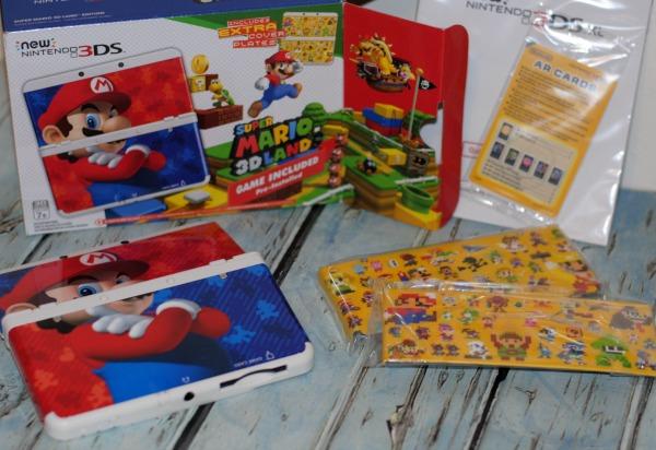 3DS-Super-Mario-3D-Land-Edition-Bundle-2