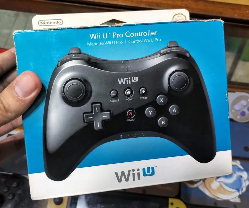 wii u pro controller en caja (caja con detalles) 7500